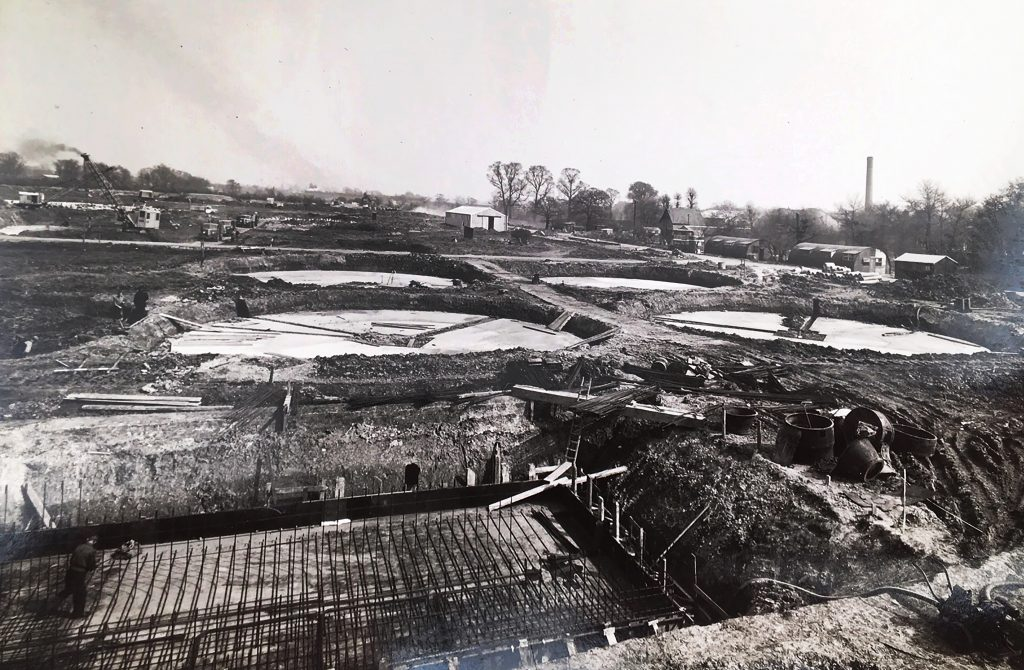 Building the sedimentation tanks in 1954
