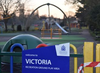 Playgrounds close in social distancing clampdown