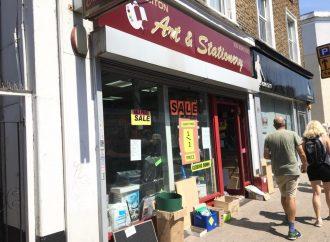Art shop shuts soon