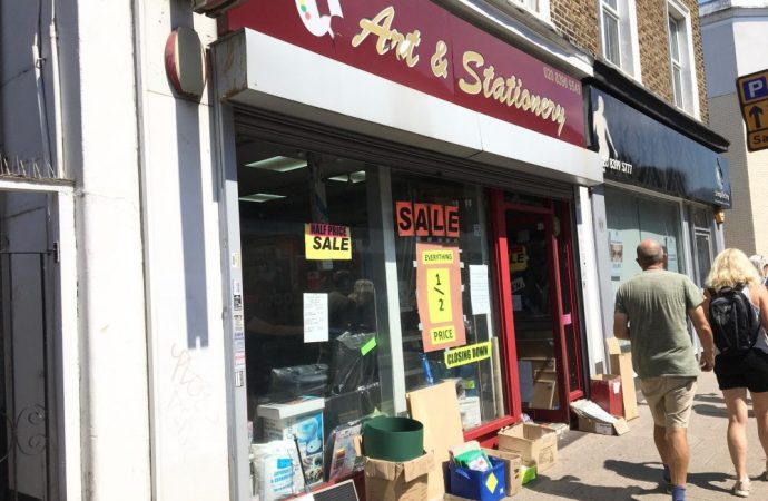 Art shop shuts soon