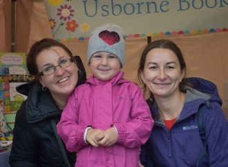 Tolworth arts and crafts market shrugs off the rain with smiles