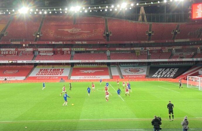 Gunners win, Blues flop