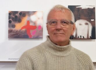Meet Surbiton artist Terry Cripps and view Guildhall Abstracted