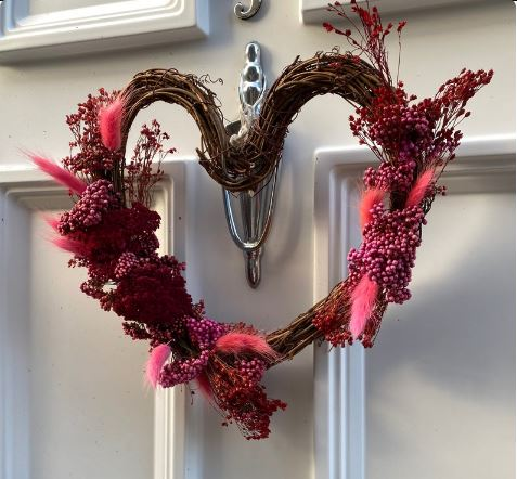 A theatrical twist to Valentine's gifts from Lunaria London